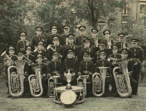 grays-temperance-band-hand-tinted